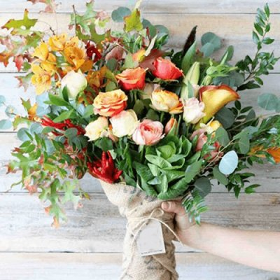 hand tied bouquet subscription
