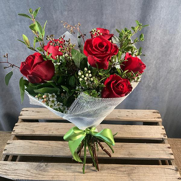 half dozen rose bouquet