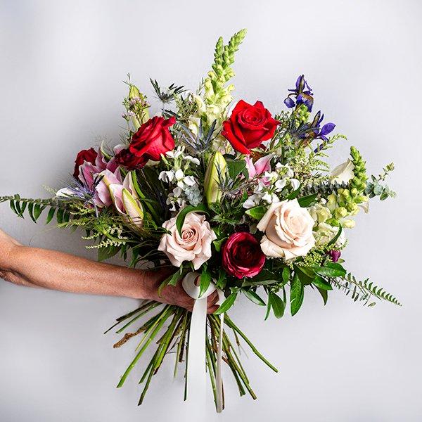 fancy dozen roses