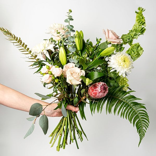 seasonal bouquet green white blush