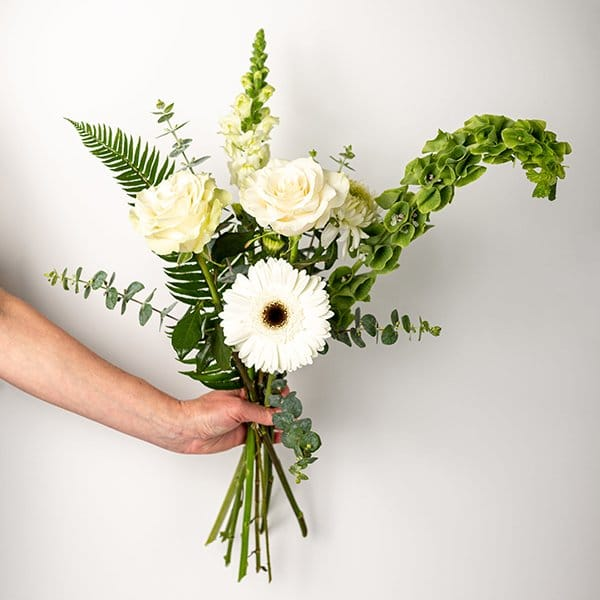 seasonal bouquet white green